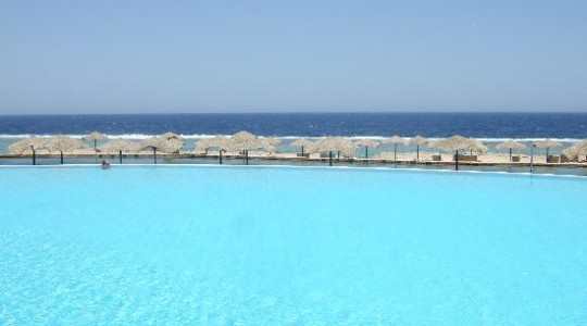El Quseir, Egypt Radisson Blu pool