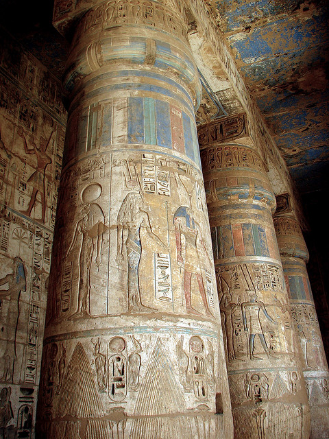 Medinet Habu columns, Middle Eastern sites